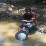 guinée équatoriale gold panning